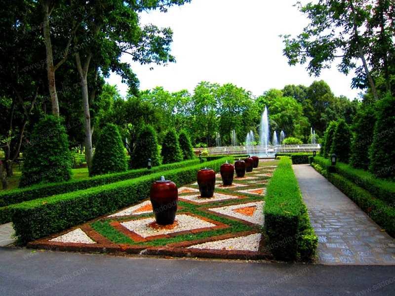 Ботанический сад Maha Chakri районг