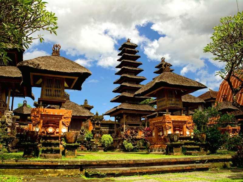 Денпасар храм Пура Джагатнатха