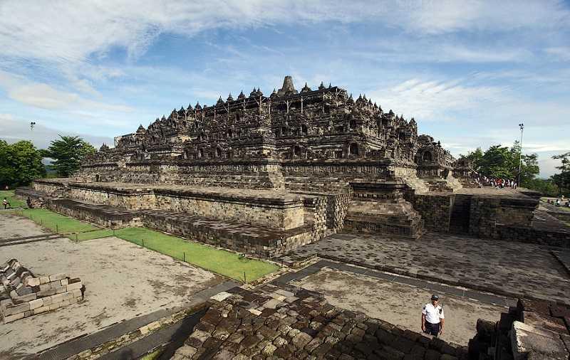 храмовый комплекс боробудур ява индонезия