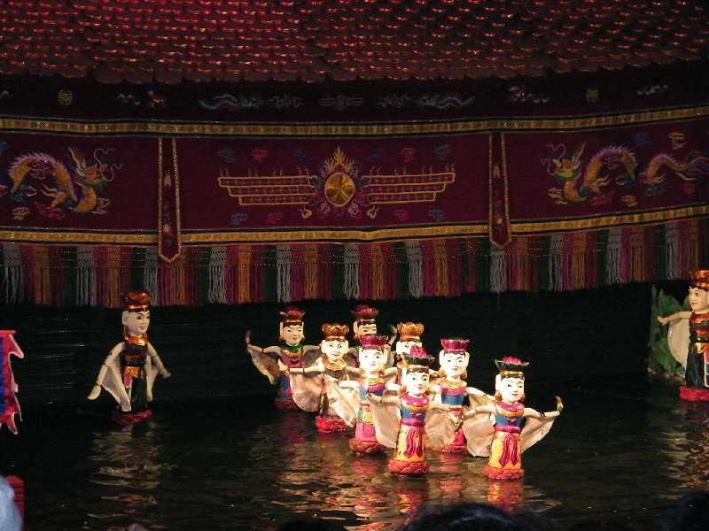 Кукольный театр на воде во вьетнаме