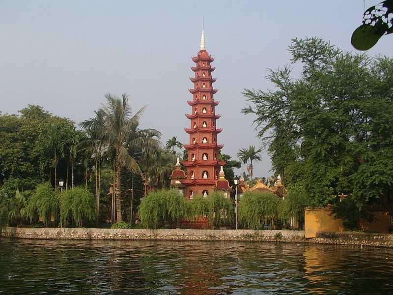Пагода Чанкуок Ханой