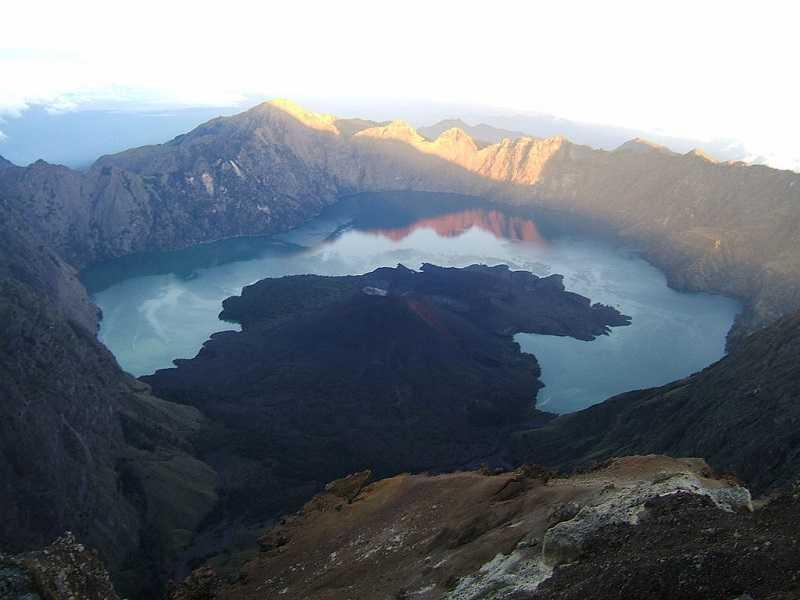 Парк Барат гора Гунунг Клатокан