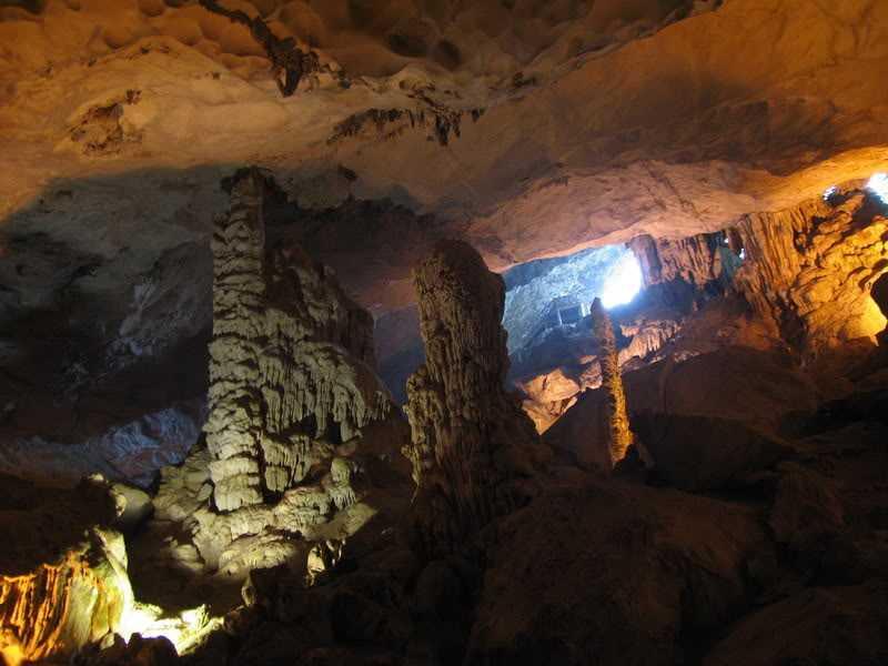 Пещера деревянных копий