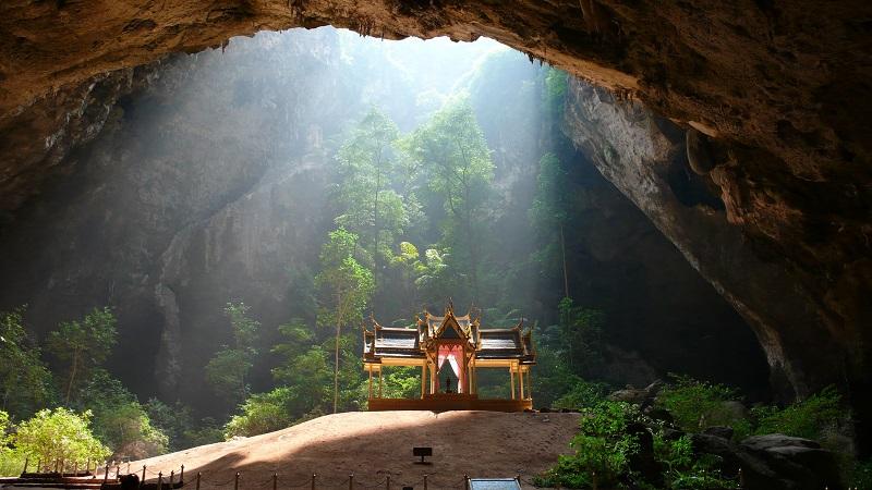 Пещеры Районг