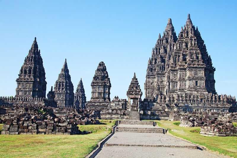 Ява храмовый комплекс Прамбанан