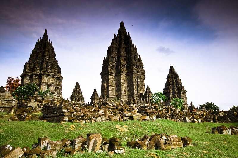 Храмовый комплекс Прамбанан. Индонезия