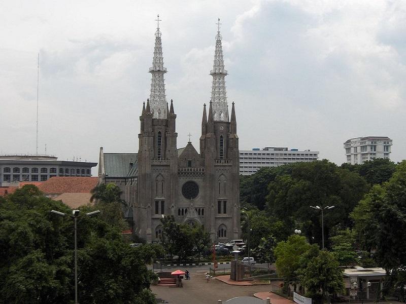 Кафедральный  Собор в Джакарте