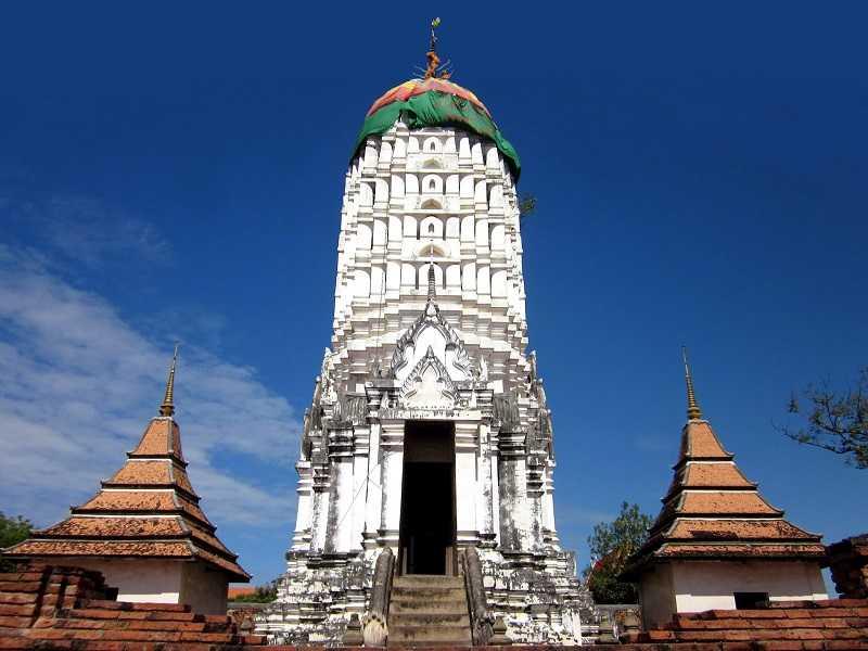 Храм WatBoromPhuttharam