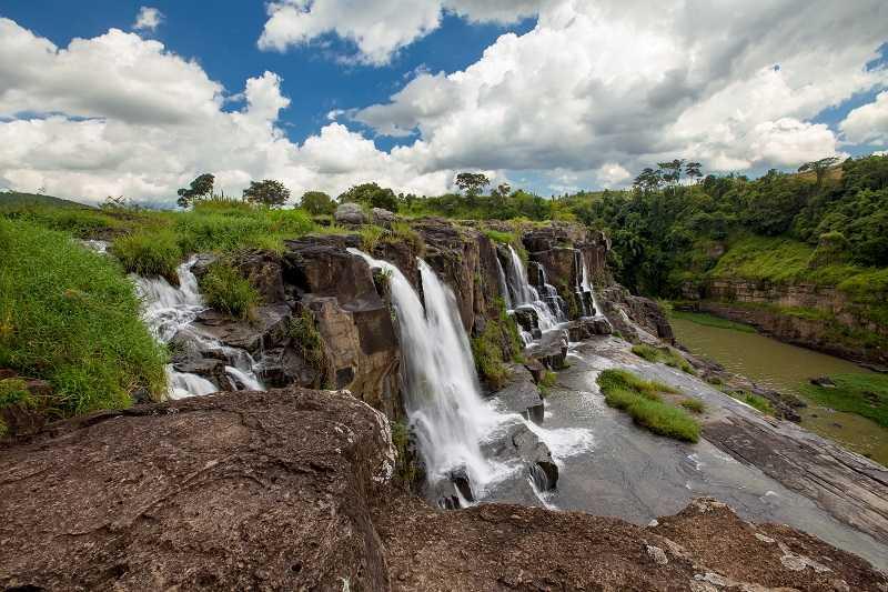 водопад Понгур достопримечательности далата