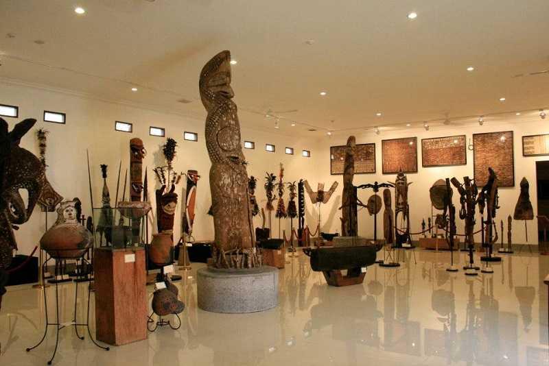 нуса дуа музей Пасифика