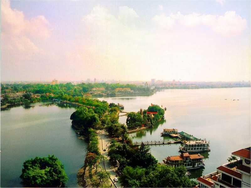 озеро Хо Тэй в ханое