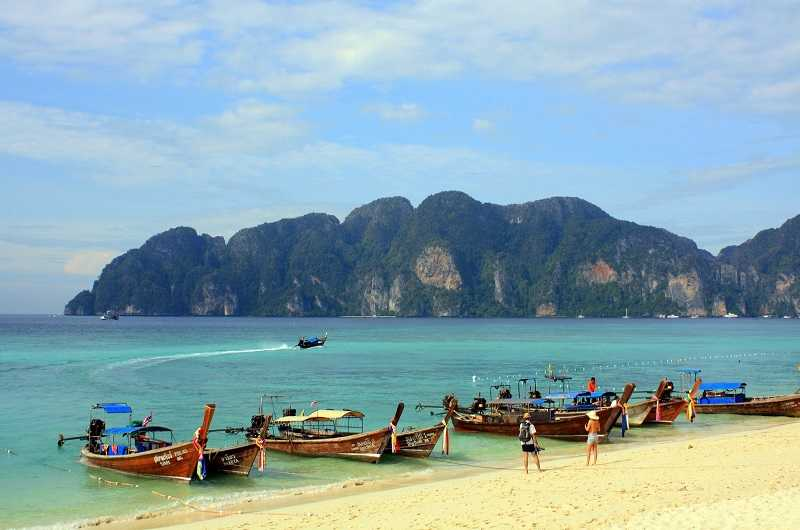 пляж Хат-Тхам-Пхра-Нанг