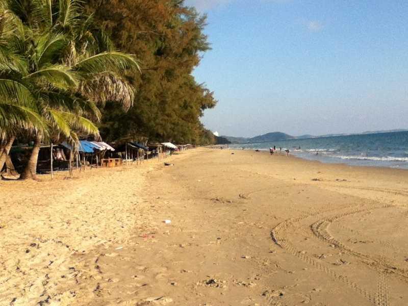 пляж мае рампуенг Mae Ramphueng