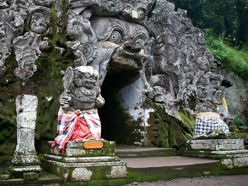 слоновья пещера Гоа Гаджа убуд достопримечательности бали