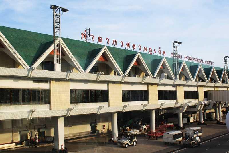 1.-Airport