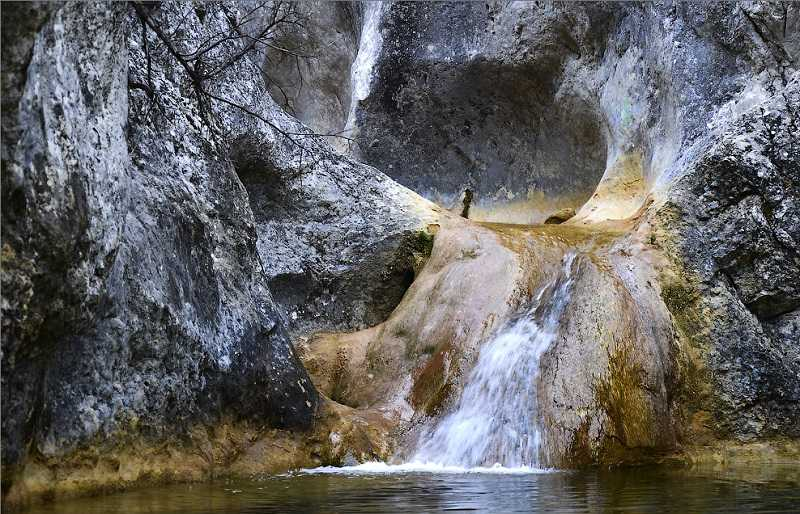 Бага водопад