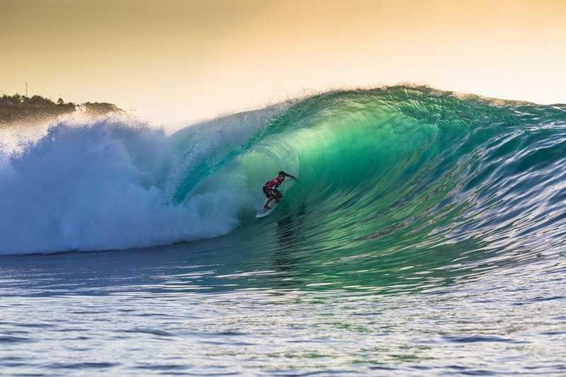 Бали Паданг Паданг серфинг