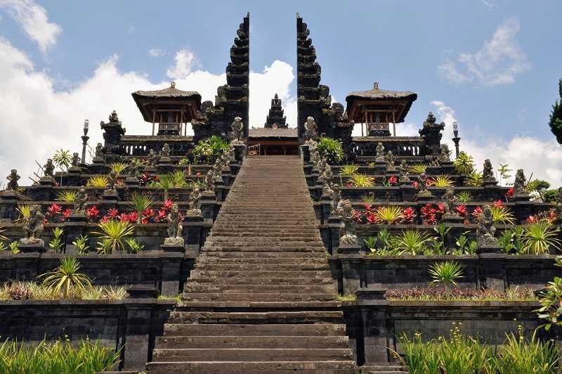 Бали Пура Бесаких