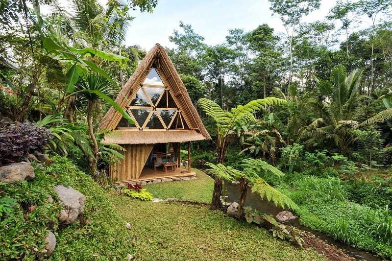 Бали курорт Семиньяк деревня Керобокане