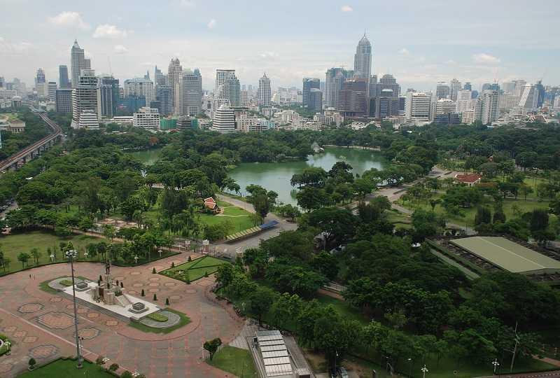 Бангкок Люмпини парк