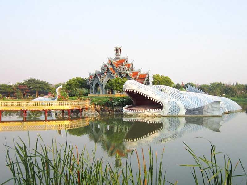 Бангкок Парк Муанг Боран строения