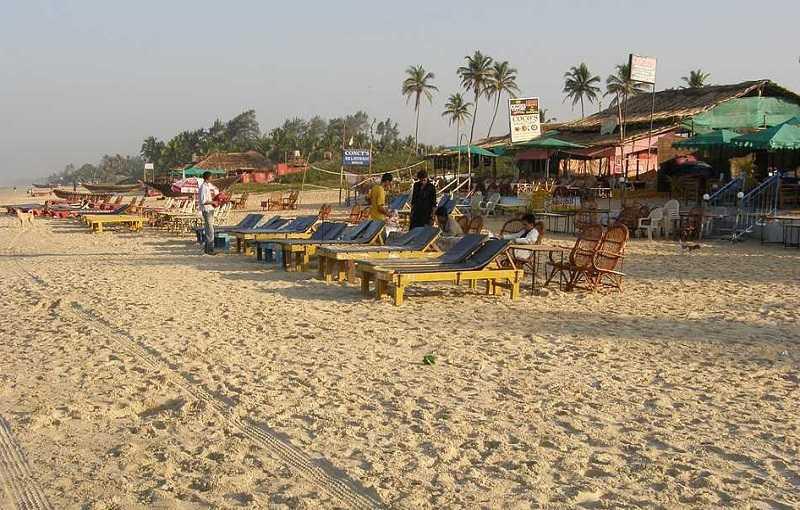 Бенаулим кафе на пляже