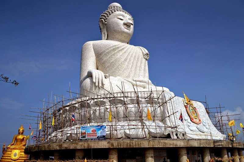 Большой Будда на Пхукете возведение