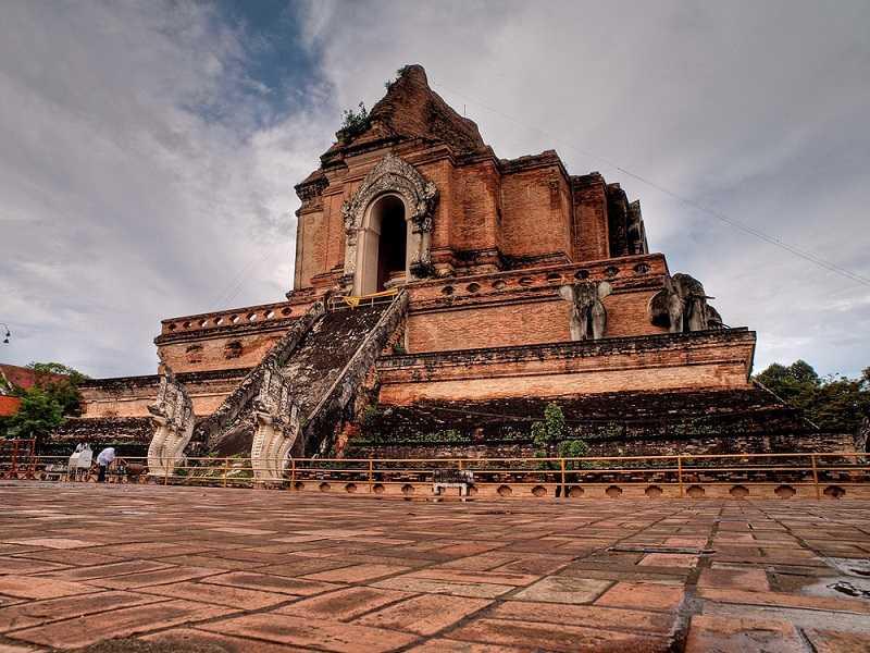 Чиангмай храм Ват Чеди Луанг