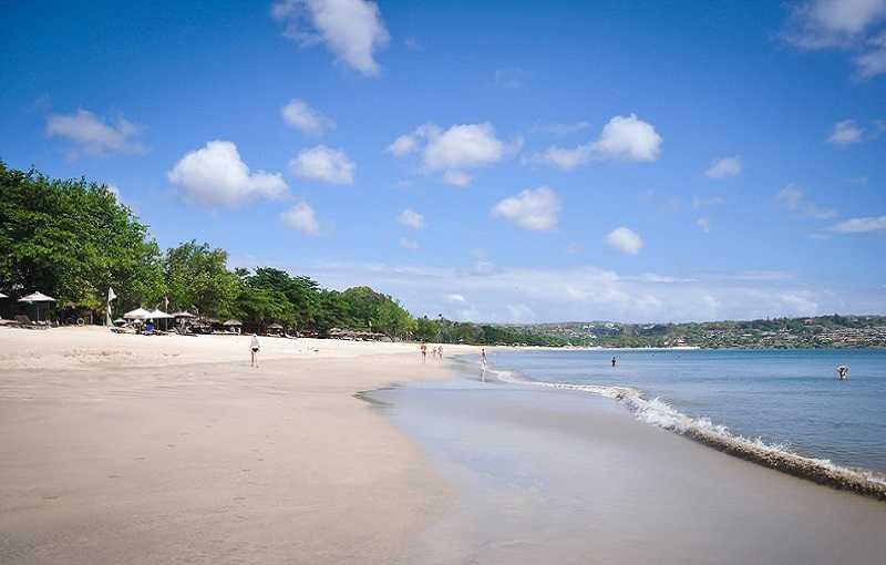 Джимбаран на Бали пляж