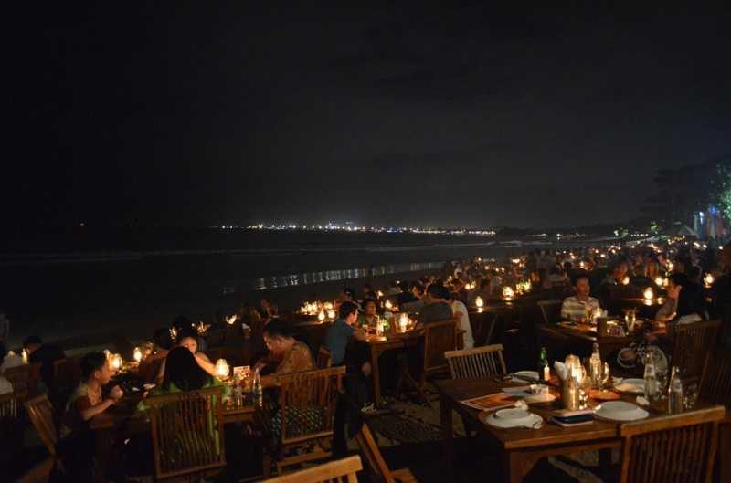 Джимбаран на Бали вечер