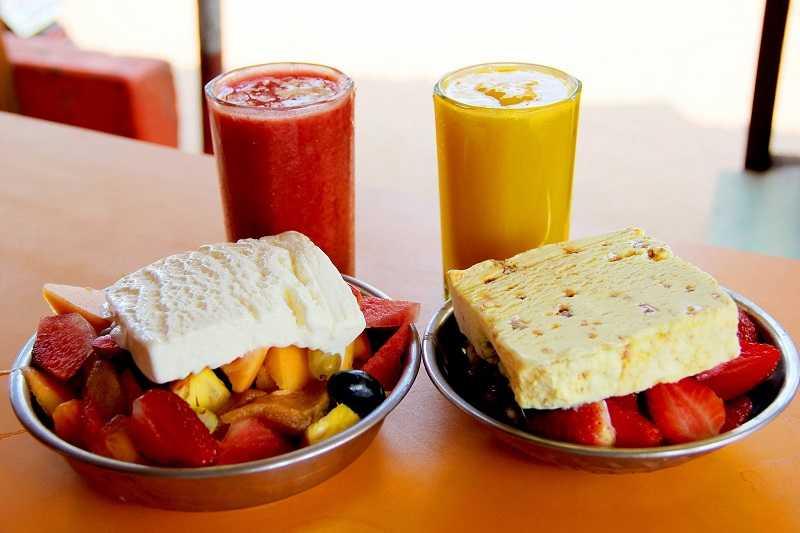 Гоа Джус Центр мороженное с фруктами