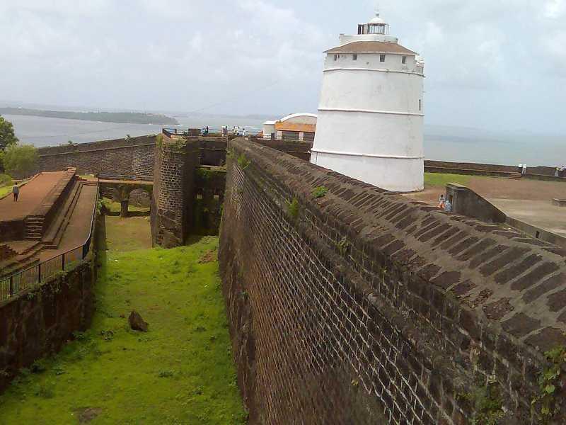 Гоа Мобор форт Кабо Де Рама