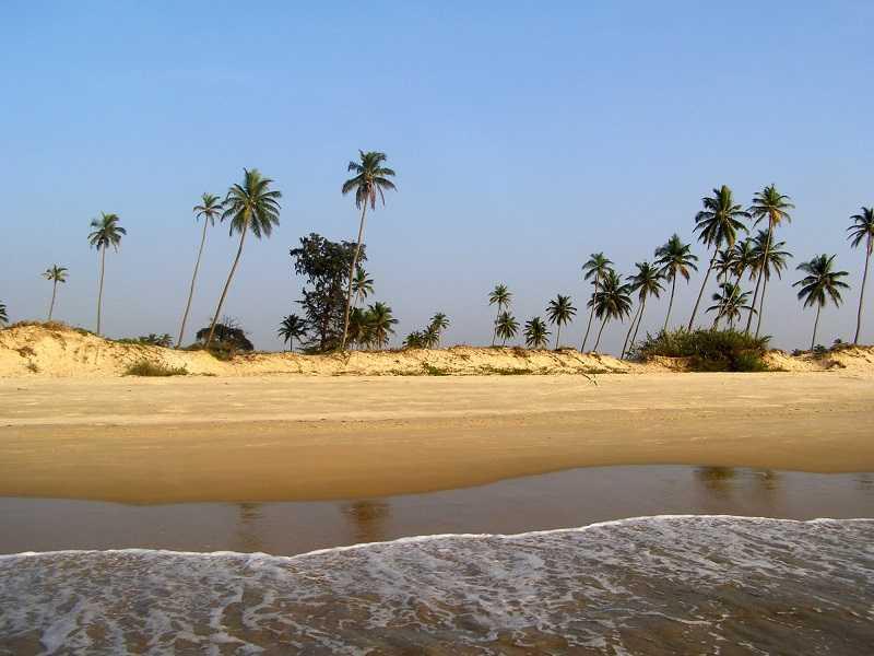 Гоа пляж Парадайз песок