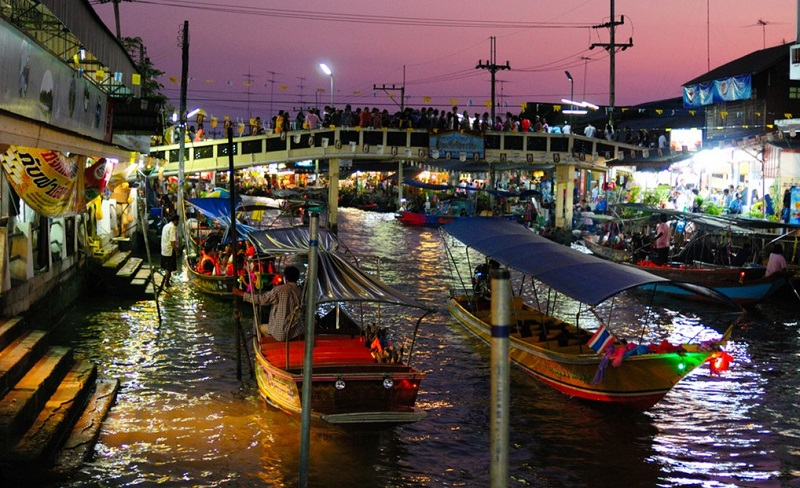 Город Хат Яй Floating Market