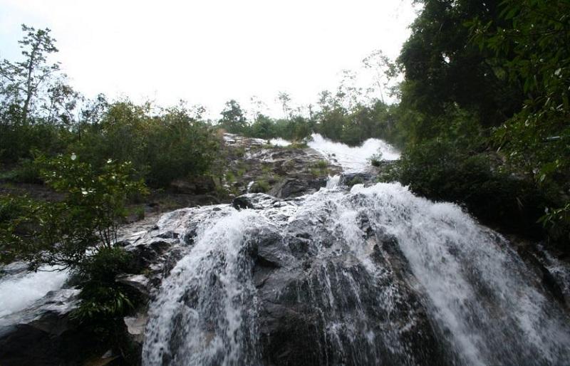 Город Хат Яй водопад Тон Нга Чанг