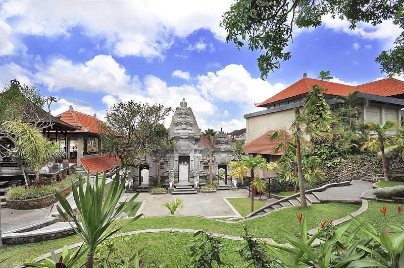 Город Убуд на Бали Пури Лукисан1