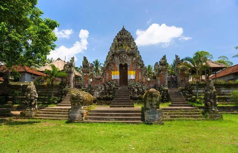 Город Убуд на Бали