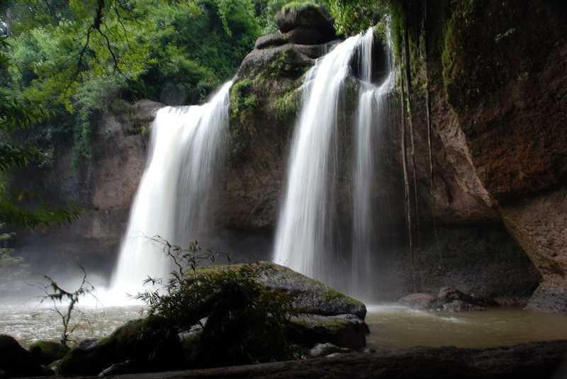 Haeo_Suwat_waterfall