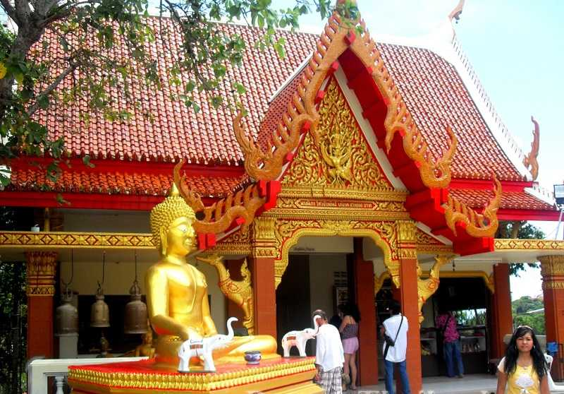 Холм Большого Будды в Паттайе  храм