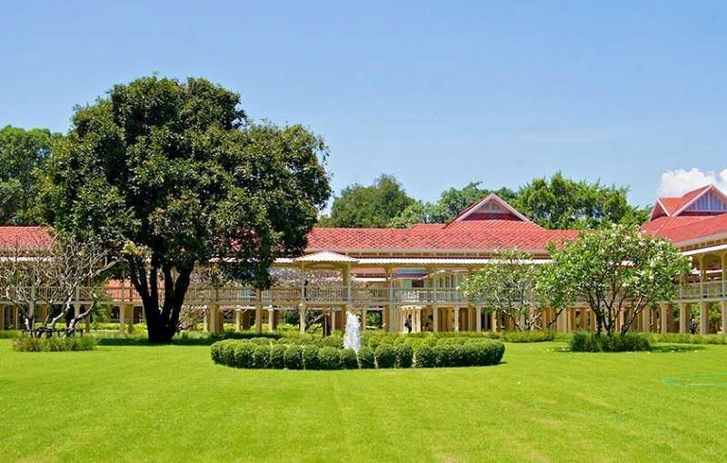 Хуа Хин Тиковый дворец