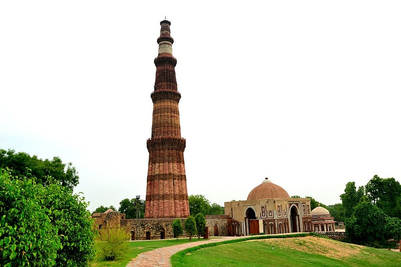 Индия Башня Кутб Минар