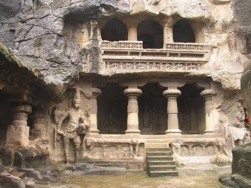 Индия храмы Аджанты и Карли