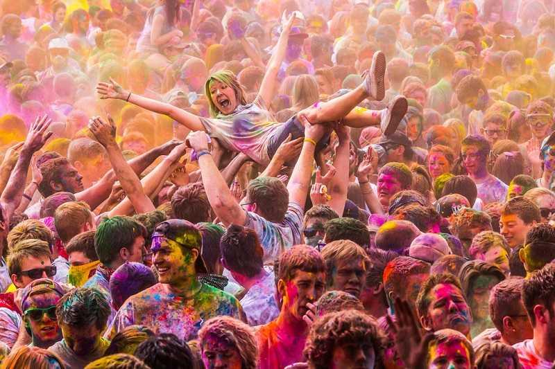 Индия праздник красок