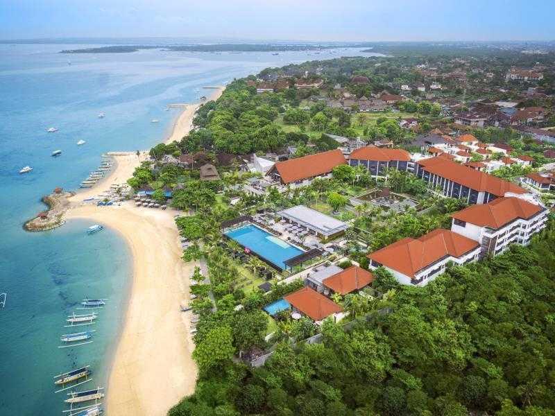 Курорт Санур отель EdOTEL Denpasar
