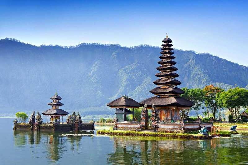 Курорт Танджунг Беноа храм Пура Деса