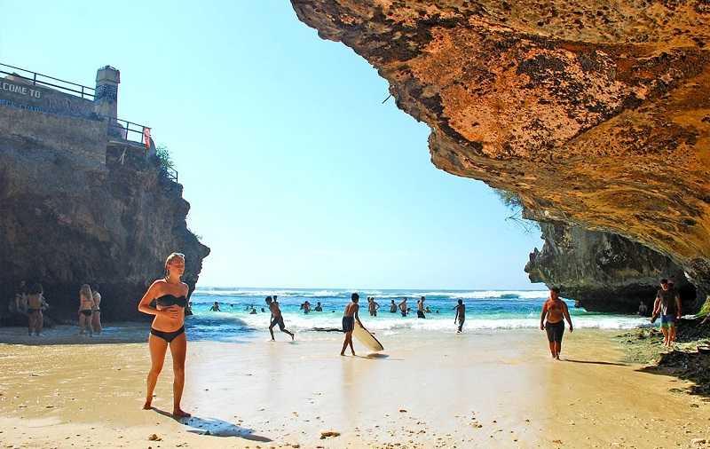Курорт Улувату пляж Сулубан