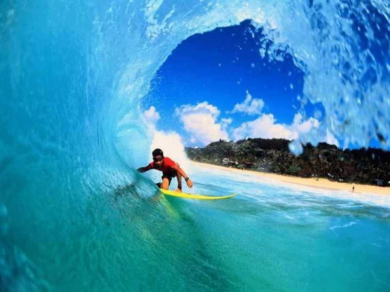 Най Харн бич Пхукет серфинг