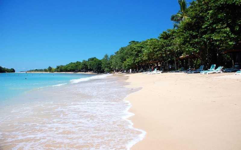 Нуса-Дуа пляж