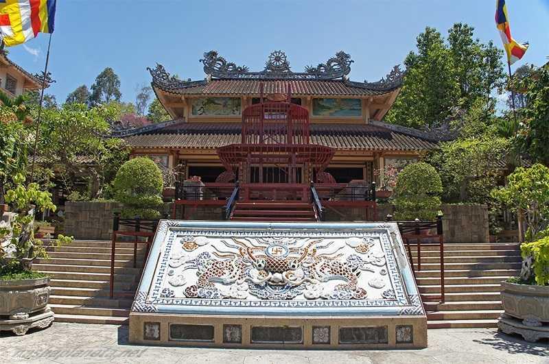 Нячанг пагода Лонг Шон1