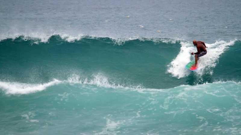 Нячанг пляж Бай Дай серфинг